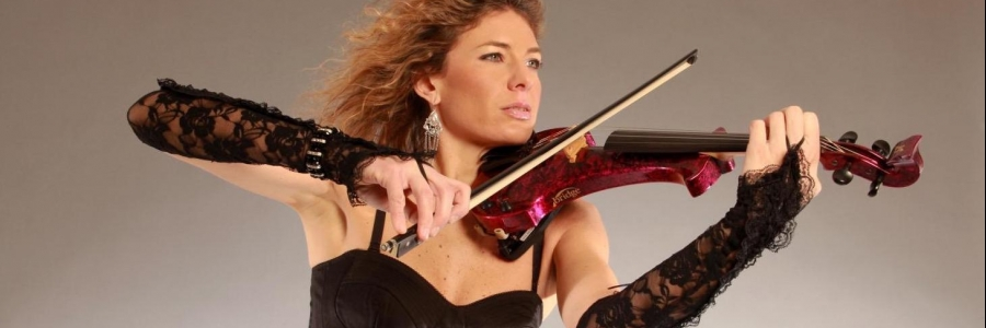 Violinist Elsa Martignoni presents her album Eclettica, powered by insurance4music and the luthier Stefano Trabucchi