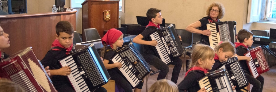 Esibizione Accordion Suzuki Ensemble