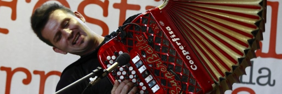 'Smell, sounds, frequencies and harmonics of the accordion', meeting with M ° Romeo Aichino